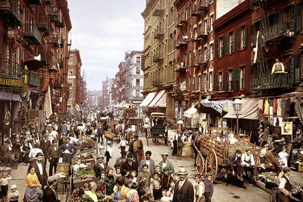 A crowded Mulberry Street, the heart of the Italian immigrant community in New York City, at the turn of the twentieth century.
