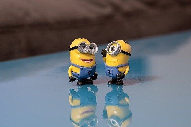 Two minions have a chat