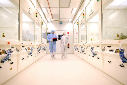 People working in the cleanroom
