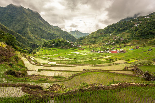 example of land reform in the philippines