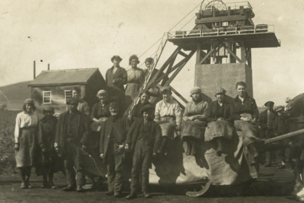 Photograph of male and female surface workers